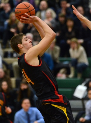 Penncrest's Ben Casanova hopes to help the Lions shoot their way out of a slump in the Districts meeting with CB West. (Times Staff / JULIA WILKINSON)
