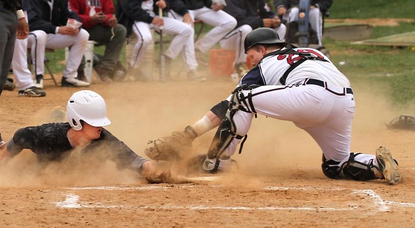Cardinal O'Hara catcher Dan Dwyer, right, and his team have struggled of late. (Times Staff/ROBERT J. GURECKI)