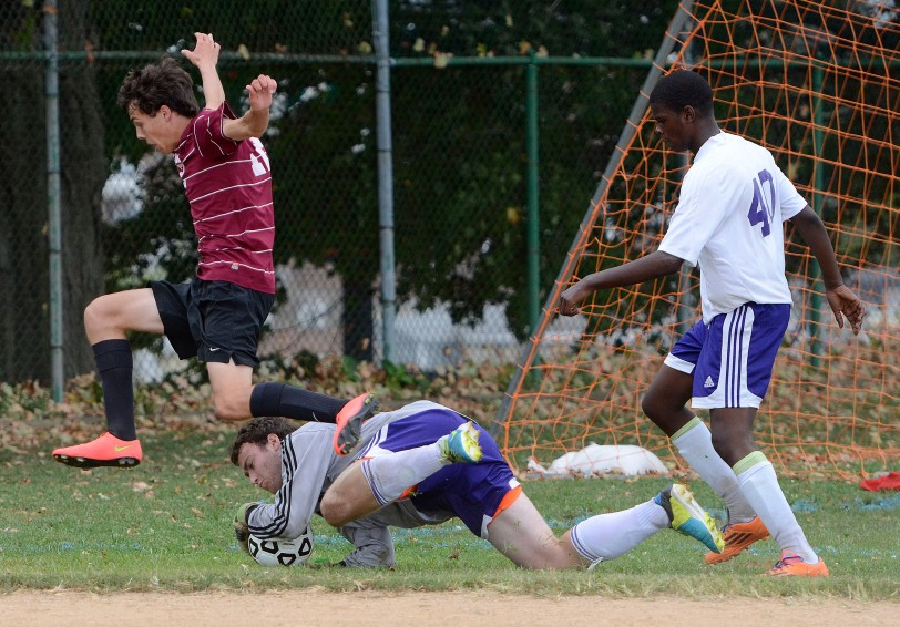 Peter Cooke and Radnor have been leaping over Central League opposition a lot lately. (Times Staff/TOM KELLY IV)
