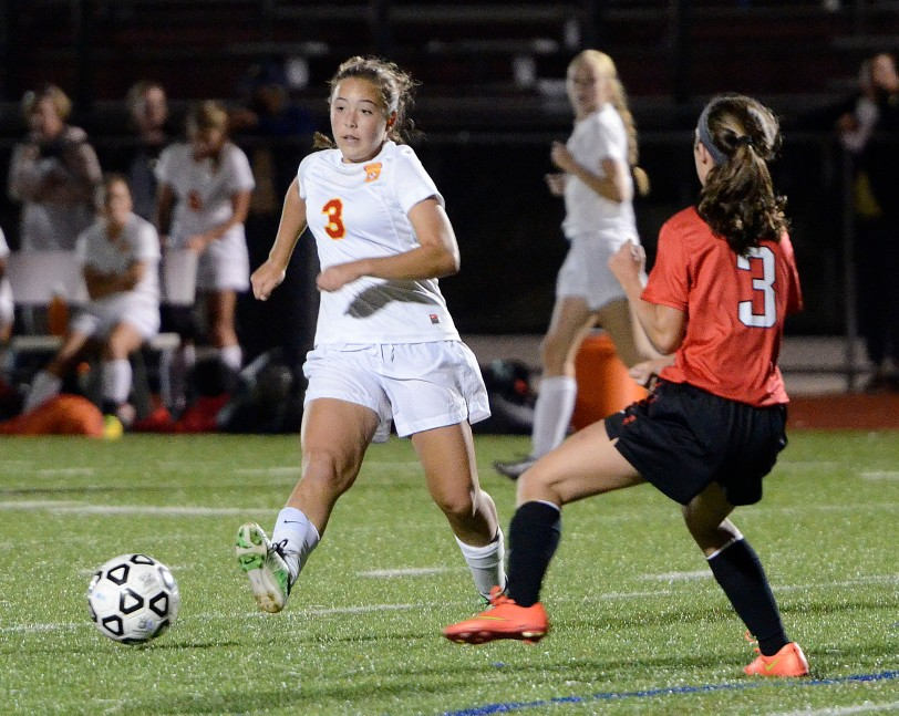 Haverford's Cece Peden, left helped the Fords get back on track with a 1-0 win over Harriton Tuesday. (Times Staff/TOM KELLY IV)