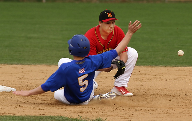 Nick Cerelli, right, and Haverford represent the new face in the Super 7 this week. (Times Staff/ROBERT J. GURECKI)